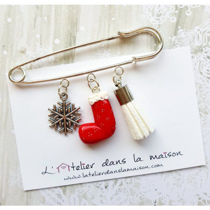 broche épingle gilet noël pompon flocon
