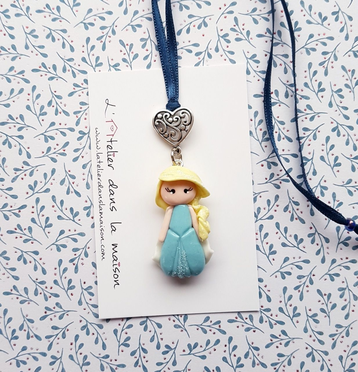 Collier princesse inspiration Elsa